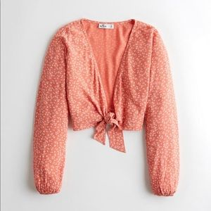 Abercrombie and Fitch cropped blouse